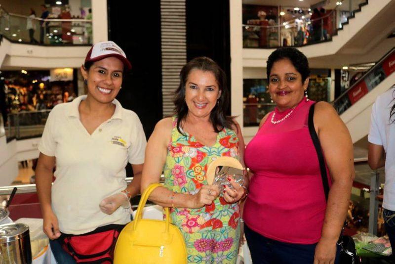 María Fernanda Gamarra, Ledid Chalarcá Santa y Adriana Pita. - Fabián Hernández/GENTE DE CABECERA