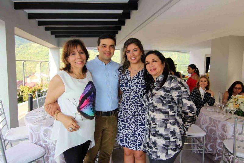 Beatriz Reyes, Juan Camilo García, Isabel Bolívar y Elvira Aguilera. - Élver Rodríguez/GENTE DE CABECERA