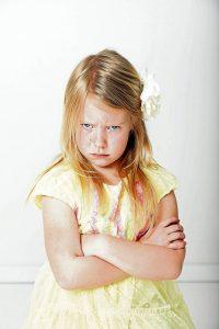 """La """"ignorancia activa"""" puede ser usada como un metódo para manejar las rabietas o pataletas infatiles. De esta manera se evita recompensar la mala conducta de los hijos con la atención y ayudará a su no repetición. - Banco de Imágenes/GENTE DE CABECERA"""