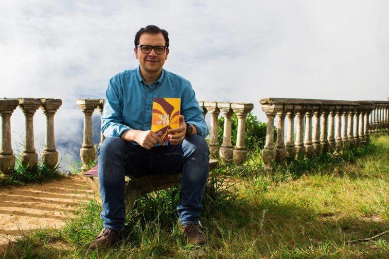 Otras obras del santandereano han sido publicadas en antologías nacionales y regionales, periódicos y revistas, y ha obtenido otros reconocimientos como el Premio Nacional de Cuento de la Universidad Externado de Colombia en 2007. - Suministrada/GENTE DE CABECERA