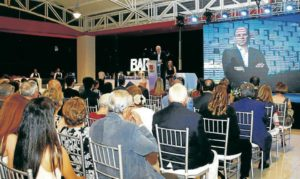 Durante la celebración se contó con la asistencia de personajes reconocidos en el ámbito local y nacional. Alejandro Santos Rubio fue uno de los invitados especiales. - César Flórez/GENTE DE CABECERA