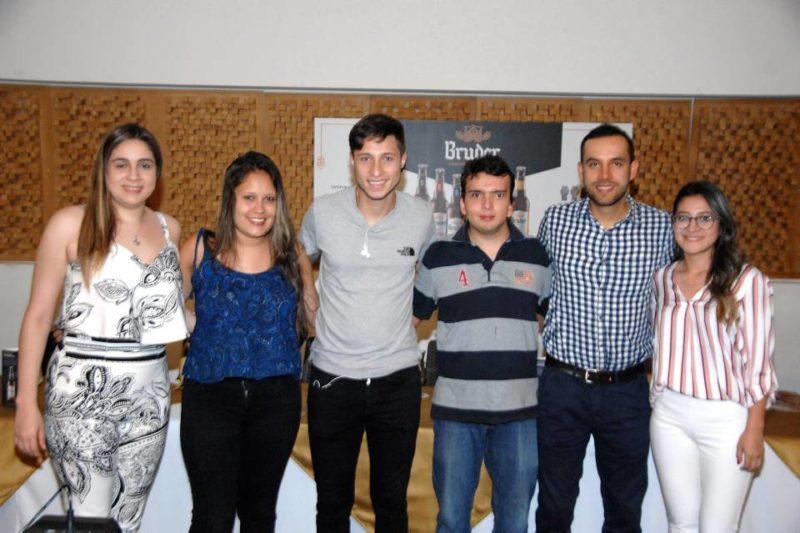 Daniela Dimarco, Jenny Ávila, Wilder Ávila, Jorge Rodríguez, Héctor Martínez y Xiomara Martínez. - Jaime del Río/GENTE DE CABECERA