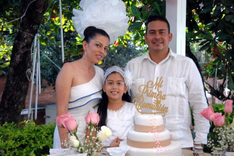 Lady Rojas, Alejandra Burgos Rojas y Sergio Burgos. - Jaime del Río/GENTE DE CABECERA