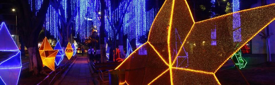 Cabecera se vistió de color para celebrar la Navidad