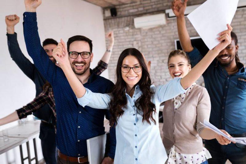 Una de las metas claras del programa es que los emprendimientos inmersos en esta iniciativa logren, después de un año, un aumento de al menos 10% en sus ventas y un empleado adicional. - Banco de Imágenes / GENTE DE CABECERA