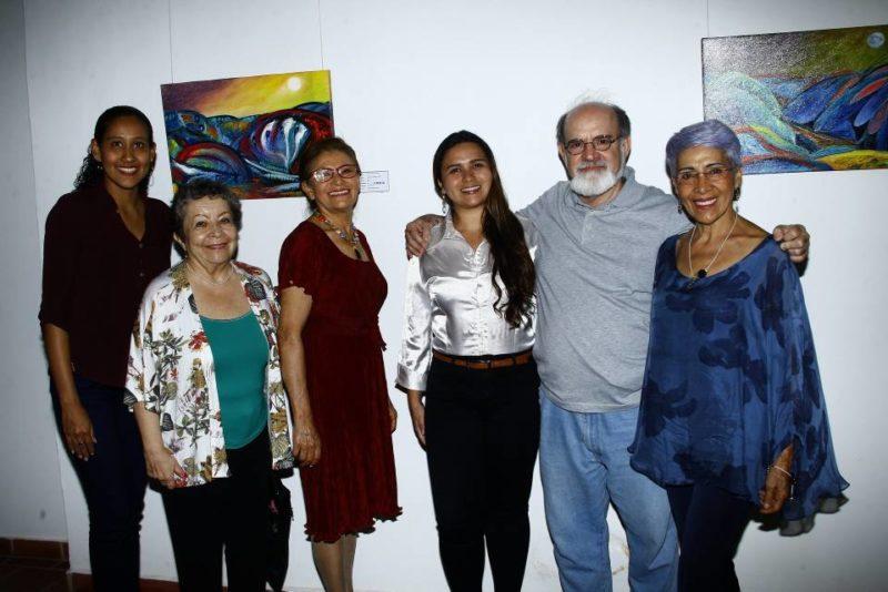César Flórez / GENTE DE CABECERAMarleida Cañas, Gloria Celi López, Socorro Estupiñan Téquita, María Fernanda Rivera, Mario Gómez Díaz y Ela María Arias Gelves.