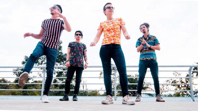 Nova Music surgió hace cuatro años, tras la separación de dos bandas locales de las que hacían parte los jóvenes. Desde entonces, hacen presentaciones en diferentes establecimientos de Cabecera del Llano y en eventos. - Suministrada / GENTE DE CABECERA