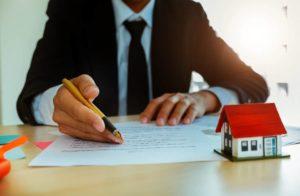 El reglamento de la propiedad horizontal es un documento público y por tanto los copropietarios pueden solicitarlo ante la notaría en la que se suscribió la copropiedad. - Banco de Imágenes / GENTE DE CABECERA