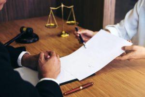 La Ley 675 de 2001 establece las disposiciones legales que debe contener un reglamento de propiedad horizontal. - Banco de Imágenes / GENTE DE CABECERA