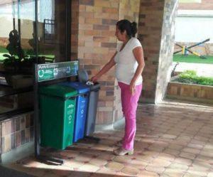 A pesar que algunas unidades residenciales de Cabecera han implementado políticas internas de reciclaje, consideran que no son aprovechadas debido a la ausencia de políticas de recolección. - Archivo / GENTE DE CABECERA