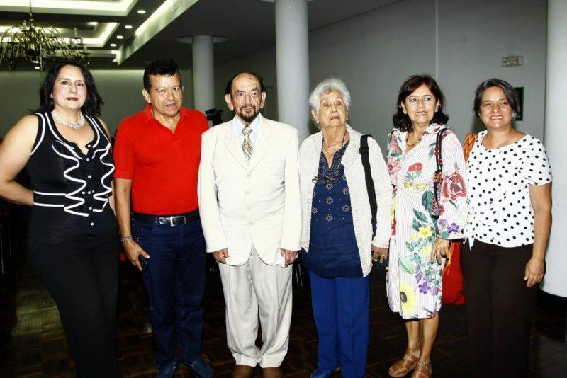Donnalic Lagos, José Alejandro Centeno, Ramiro lagos, Argenida Domínguez, Luz Argenida Arciniegas y Sahra Sixta Rey. - César Flórez / GENTE DE CABECERA