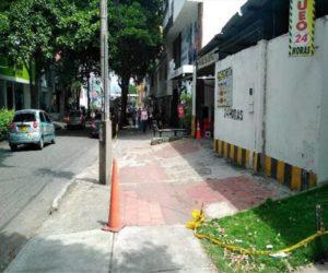 Los andenes de la carrera 35A entre calles 48 y 49 de Cabecera, en ambos costados, recibirán mantenimiento con el dinero del presupuesto participativo. - Suministrada / GENTE DE CABECERA