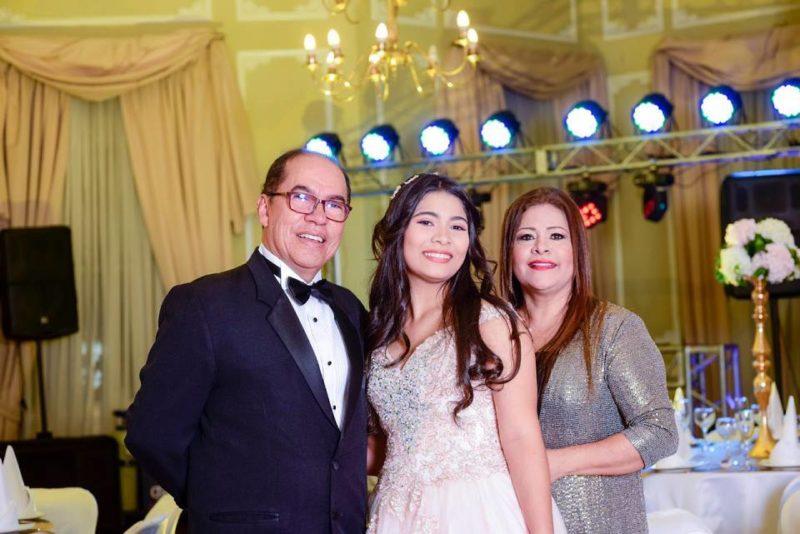Carlos Arturo Campos Lozada, María Camila Campos Cárdenas y Esperanza Cárdenas Rodríguez. - Suministrada / GENTE DE CABECERA