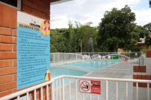 La instalación de un botiquín de primeros auxilios también hace parte de la reglamentación para el área de piscinas. - /GENTE DE CABECERA