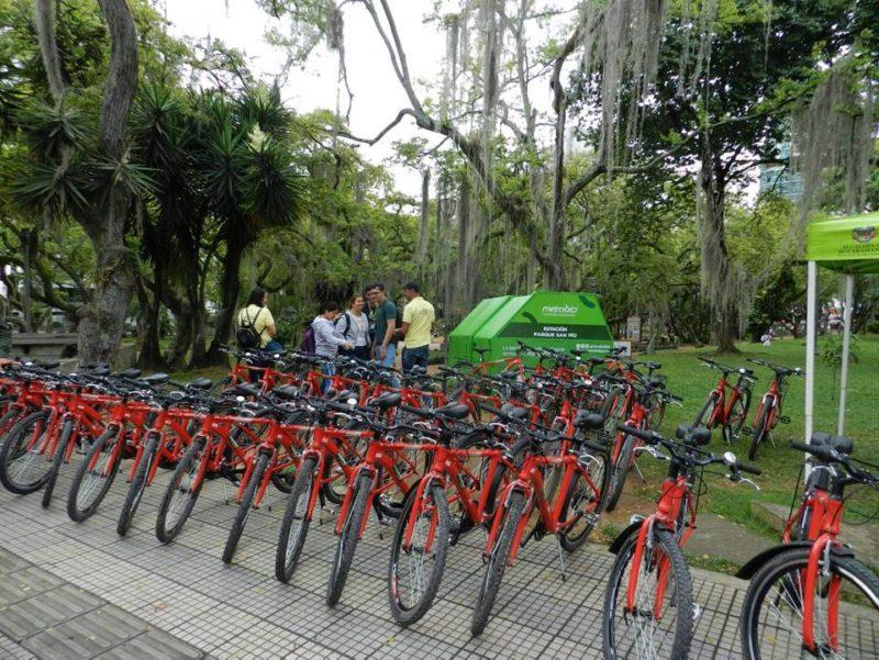 Las cicloestaciones funcionan de lunes a viernes de 6:00 a.m. a 7:00 p.m., y los sábados de 6:00 a.m. a 1:00 p.m. - Jaime del Río / GENTE DE CABECERA