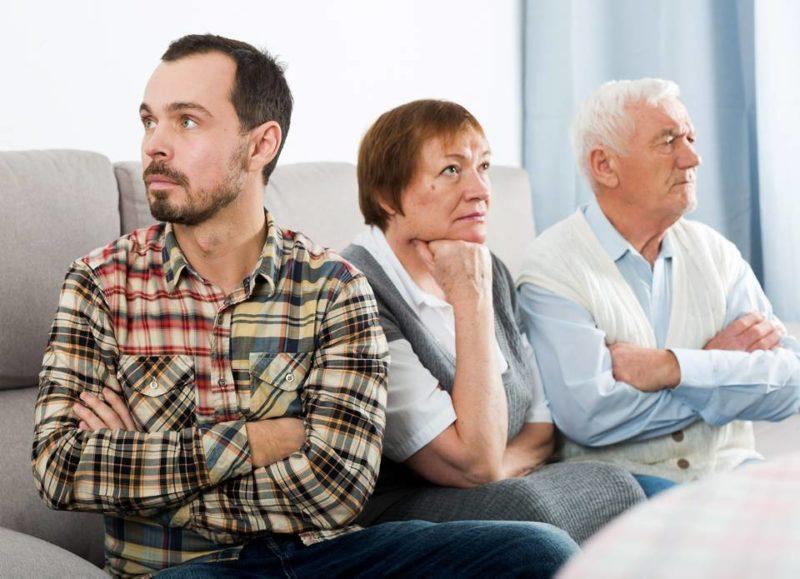 Para los expertos, los patrones heredados de la familia de la infancia pueden repercutir de manera negativa durante la vida adulta, especialmente de los hijos. - Banco de Imágenes / GENTE DE CABECERA