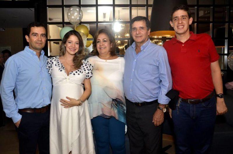 Luis Guillermo Uribe Rodríguez, María Paula Cornejo Reyes, Nhora Reyes, Luis Fernando Cornejo y Juan Fernando Cornejo Reyes. - Fabián Hernández / GENTE DE CABECERA