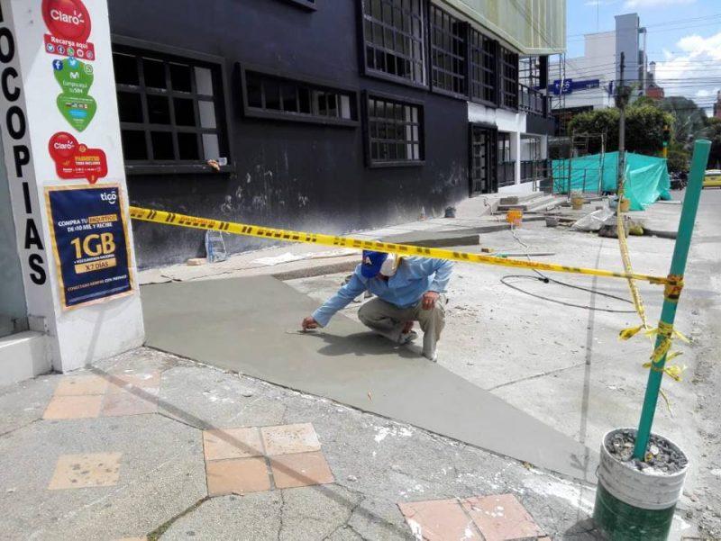 La JAC de Cabecera pide a las autoridades revisar si las adecuaciones que realiza el establecimiento sobre el espacio público están permitidas. - Suministrada / GENTE DE CABECERA