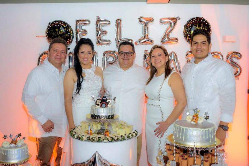 Gilberto Bárcenas, Adriana Bárcenas, Manuel Reyes, Claudia Vargas y Sébastian Reyes Bárcenas. - Suministrada / GENTE DE CABECERA