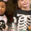 Disfrute en familia de la celebración de Halloween