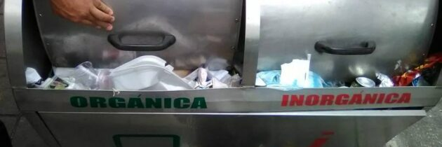 """Canecas """"desbordadas"""" de basura"""