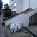 Escombros invaden andenes en Cabecera