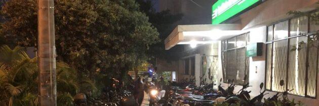 Motocicletas invaden  andén en Sotomayor