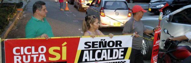 Comerciantes siguen a la espera de orden judicial contra las ciclorrutas