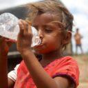 Gran 'aguatón' para calmar la sed de los niños de la Guajira