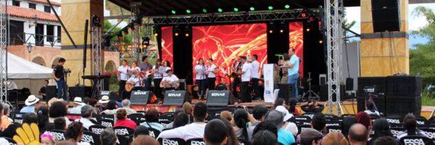 Festival de Música Folclórica en Panachi