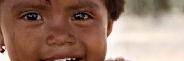 Done 5 litros de agua  para los niños de La Guajira