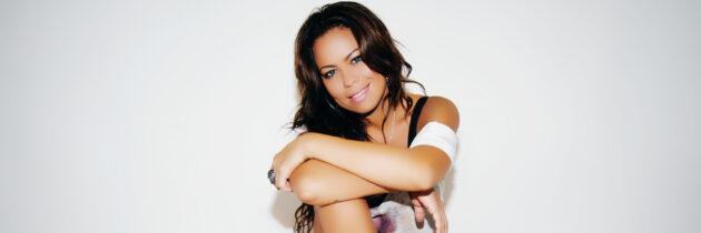 Fatiniza, la estrella del pop rock en Dubai