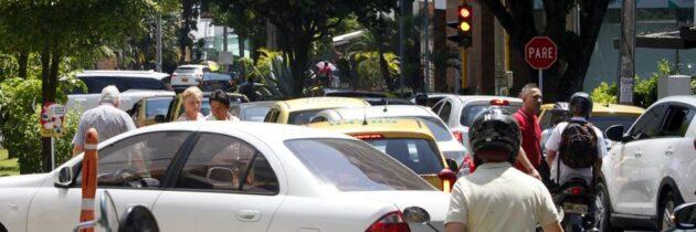 Piden revisar la sincronización de los semáforos de la carrera 29